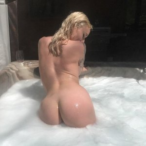 Adia outcall escort in Concord